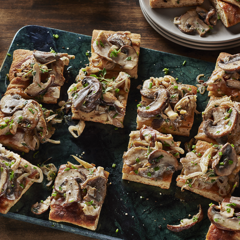 Bistro Mushroom and Shallot Flatbread Appetizer