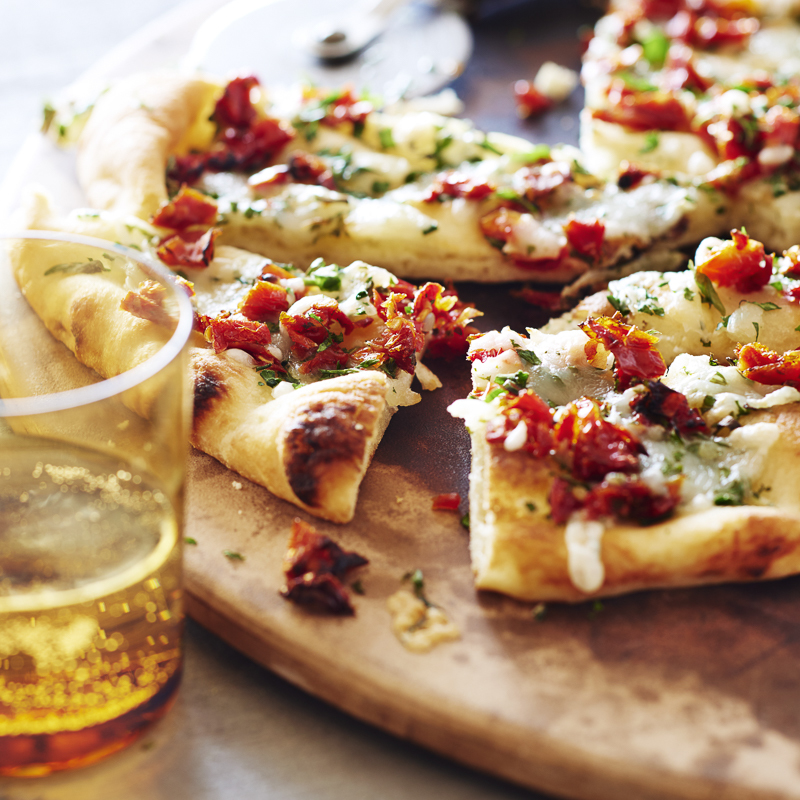 Goat Cheese and Sun-Dried Tomato Flatbread